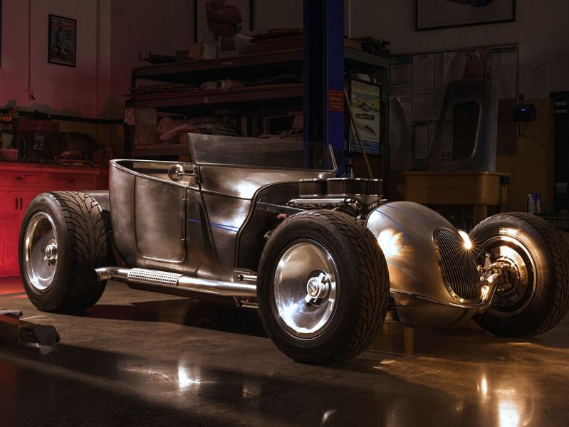 Jerry Magnuson classic car build in a garage setting